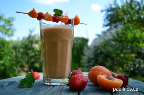 meruňkový koktejl