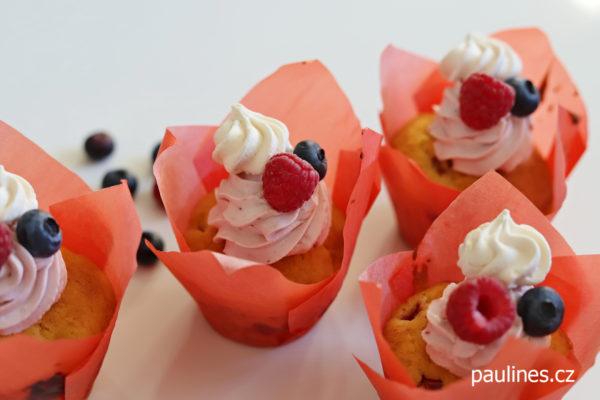 Muffiny s ovocem